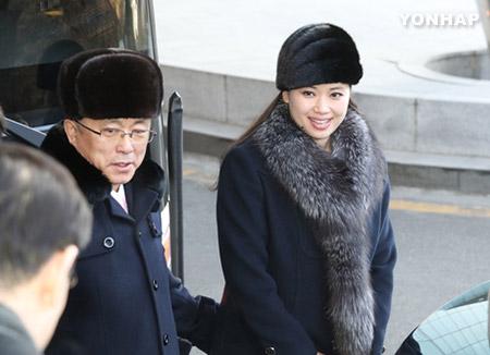 현송월 등 북한 예술단, 경의선 육로 통해 귀환