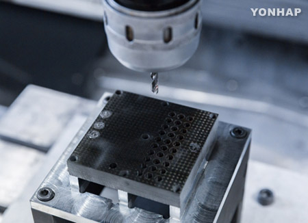 철보다 가벼운데 10배 강한 탄소섬유복합소재 구현
