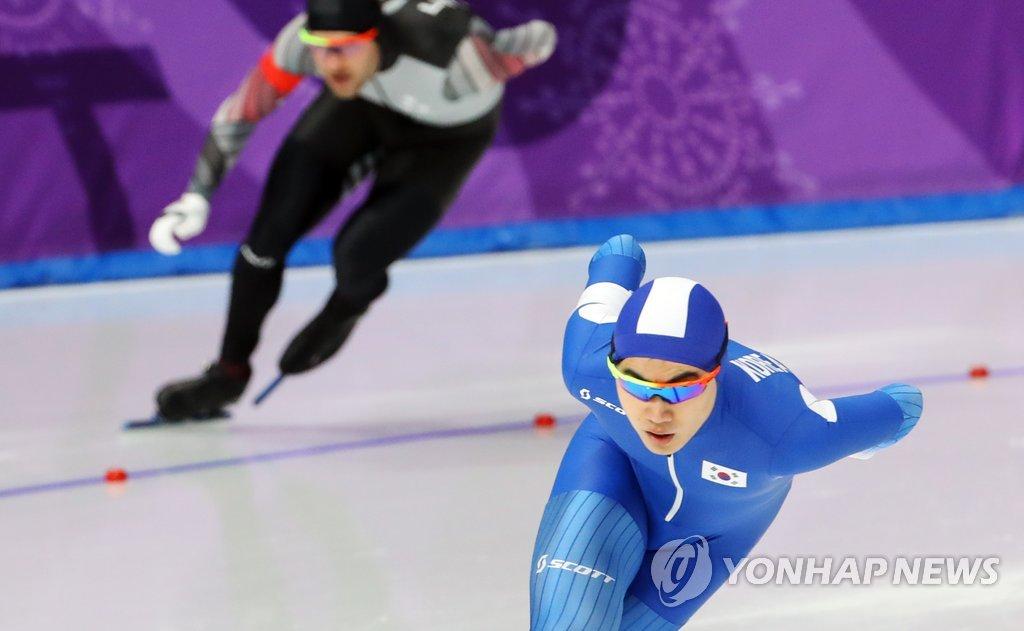 فوز المتزلج الكوري كيم مين سيوك بالبرونزية في منافسات 1500 متر للرجال