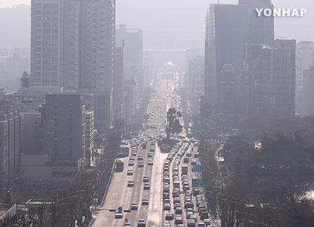 Seoul City Scraps Free Public Transport Rule over Fine Dust