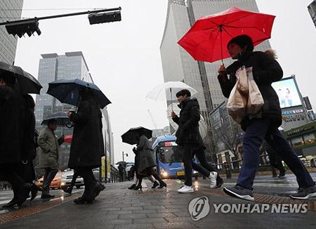 雪も雨も降らず初の降水量ゼロ 1月のソウル
