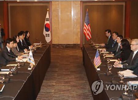 Libre-échange : Séoul et Washington tiennent le 3e round des négociations sur l'amendement de l'accord