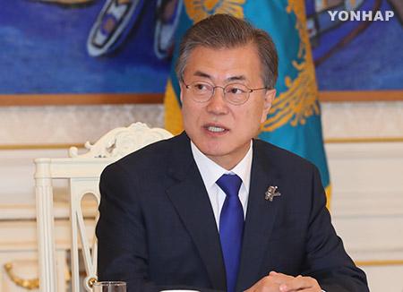 文大統領の支持率78.3% 南北首脳会談の影響