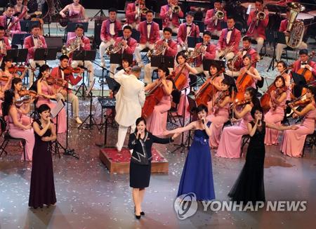 평양 가는 남한 예술단…대중음악과 클래식의 향연 될 듯