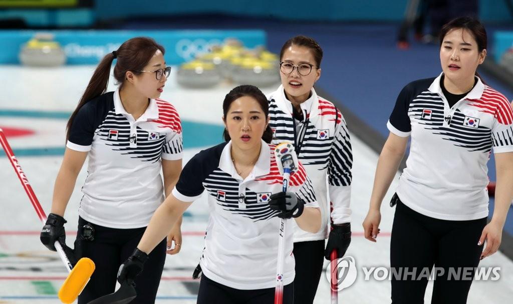 女子カーリング、アジア太平洋選手権決勝進出