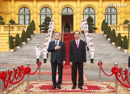 Tổng thống Hàn Quốc bày tỏ lấy làm tiếc về quá khứ đau thương của hai dân tộc Việt, Hàn