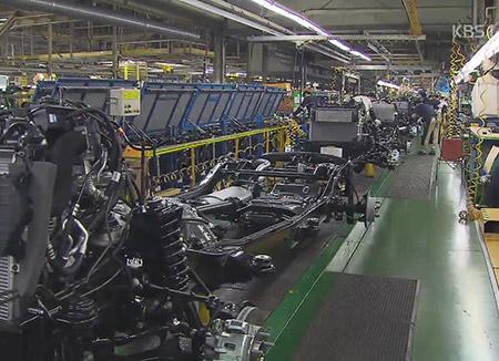 美国决定暂时保留对韩征收高额钢铁关税