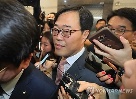 선관위, '청와대 김기식 질의서' 16일 결론 전망