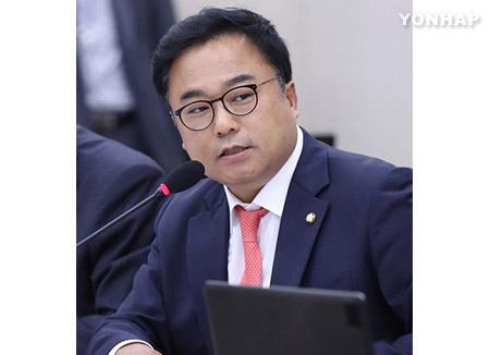 Un député du PLC perd son siège parlementaire pour violation de la loi sur l'élection