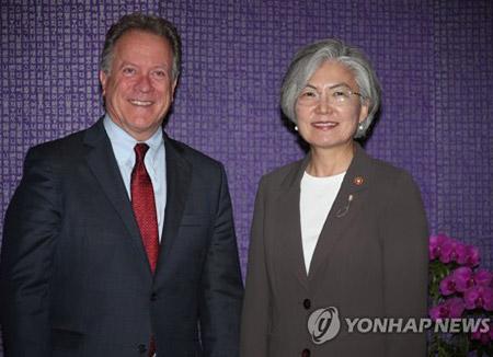 Глава МИД РК и директор ВПП обсудили оказание помощи Пхеньяну