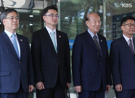 적십자회담 남측 대표단 출발…22일 방북