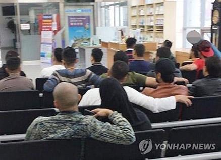 2 Yemeni Journalists Granted Asylum Status in S. Korea
