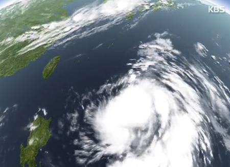إعصار برابيرون يتجه نحو شبه الجزيرة الكورية
