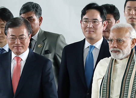 文大統領 三星電子のインド新工場竣工式に出席