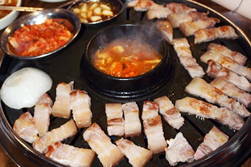 휴가철 소·돼지고기, 배춧값 고공행진