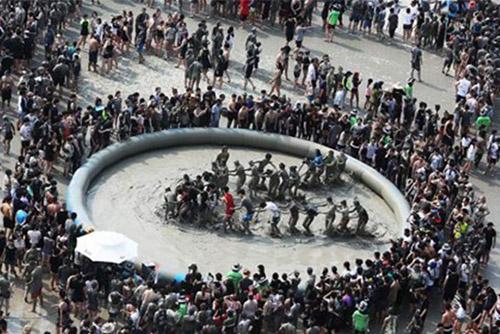 보령머드축제 개막..22일까지 대천해수욕장에서 열려