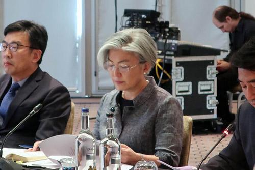 外相 「国連総会での南北米3者首脳会談、可能性排除できず」