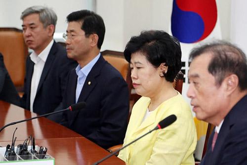정의당 비상대책회의…여야 정치권 '침통'