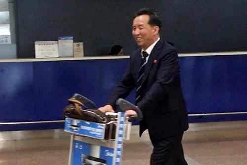 북한 국제부 부부장 베이징 도착…북중 경협 논의 가능성