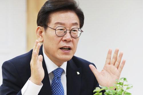 """이재명 """"'조폭몰이' 검찰 수사 정식 요구"""""""