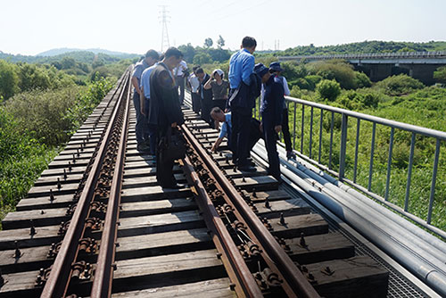 Koreas Find Section of Gyeongui Railway in N. Korea in Good Condition