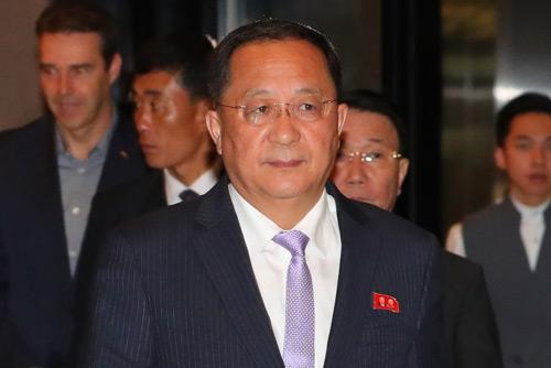 Außenminister Süd- und Nordkoreas treffen sich in Singapur