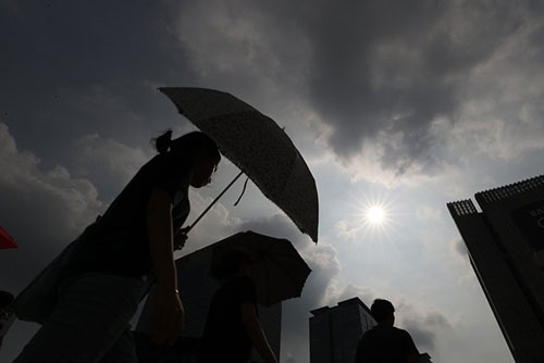 CDC: 42 Have Died From Heat-Related Diseases in S. Korea This Summer
