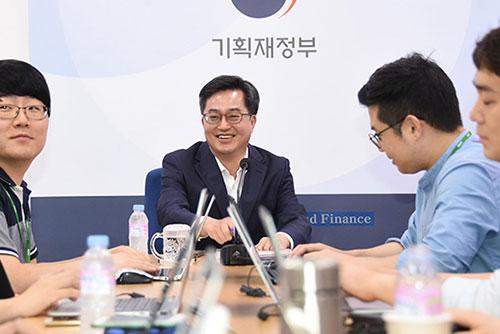 韓国政府 来年、5兆ウォン投資