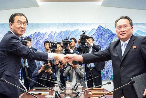 Hàn Quốc và Bắc Triều Tiên trao đổi danh sách tham dự hội nghị cấp cao liên Triều