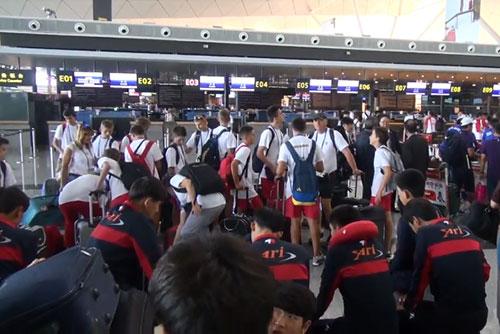 韩国代表团10日赴北韩参加平壤青少年足球赛