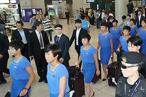북한 통신, 아시안게임 선수단 평양 출발 보도