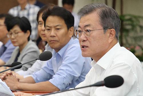 国务会议通过国军机务司令部解散案