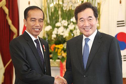 Премьер-министр РК Ли Нак Ён завершил визит в Индонезию