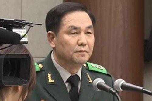 조현천 전 기무사령관, 탄핵발의 당일 청와대 방문…계엄 관련성 조사