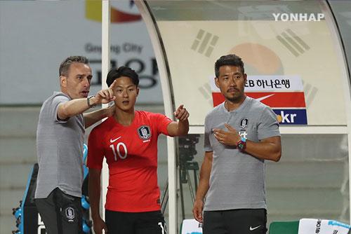 Fußball-Nationalmannschaft gewinnt bei Debüt von Trainer Paulo Bento