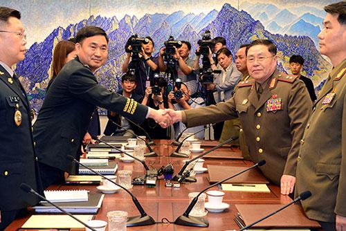南北韩13日举行军事工作会谈
