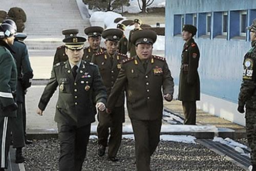 """북한 매체, 군사실무회담 앞두고 """"대화의 막 뒤 군사적 대결 추구 안돼"""""""