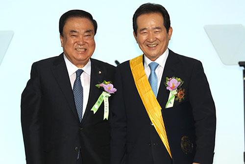 문희상, 남북정상회담에 정세균 전 의장 특사 파견 제안