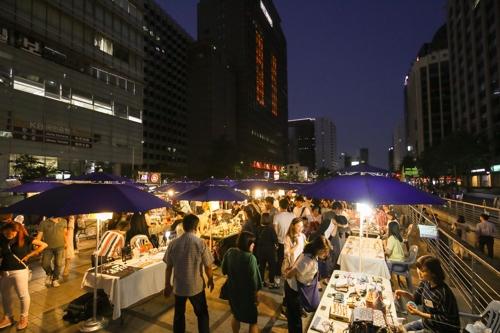 Seasonal Night Market at Seoul's Cheonggye Plaza to Open Fri. for Fall