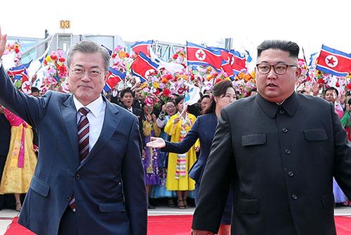 Erster Korea-Gipfel seit elf Jahren in Pjöngjang