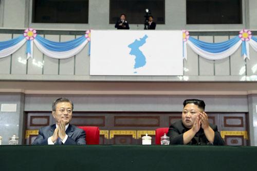 Президент РК призвал положить конец 70-летней вражде Юга и Севера