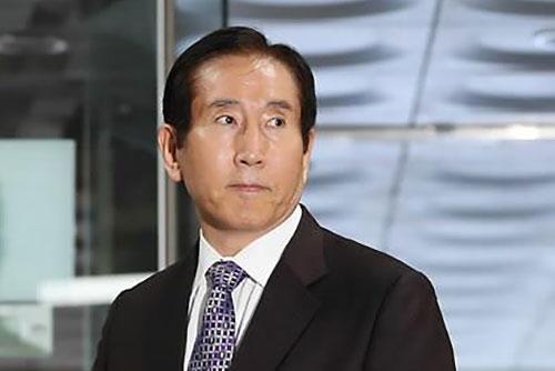 Ex-Polizeichef wegen Cyberaktivitäten während Regierungszeit von Lee verhaftet