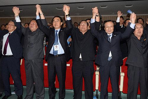 Las dos Coreas se comprometen a implemetar la Declaración de Pyongyang
