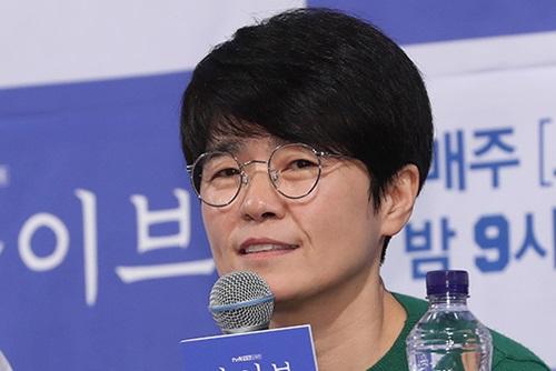 '올해의 성평등문화상' 노희경 작가·다큐 'B급 며느리'