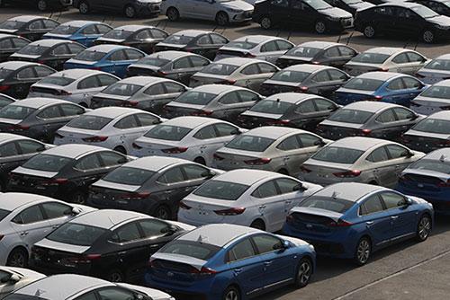 """9월 자동차 생산·수출·내수 두자릿수 감소…""""조업일수 감소 영향"""""""