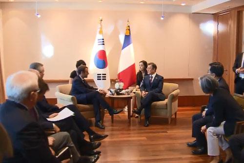 Präsident Moon tritt am Samstag Europa-Reise an