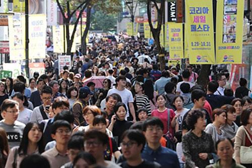 住民登録人口5182万人 50代が増加
