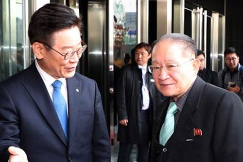 北韩高级别代表团访问京畿道主要设施和活动现场