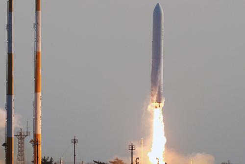 """韩国航空宇宙研究院:""""Nuri号""""试验用火箭发射成功"""