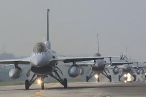 S. Korea's Air Force Kicks Off 5-Day Combat Training Amid Joint Drill Suspension